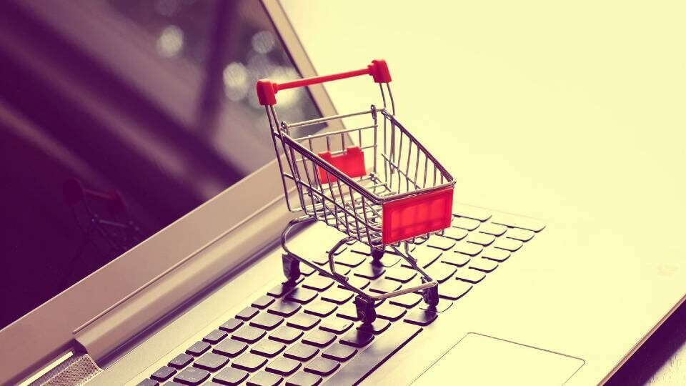 online-shopping-with-cart